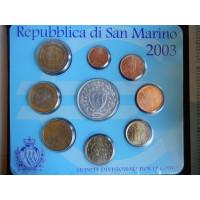 San Marino 2003 koos 5 eurose hõbemündiga