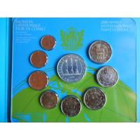 San Marino 2008 koos 5 eurose hõbemündiga