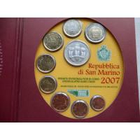 San Marino 2007 koos 5 eurose hõbemündiga